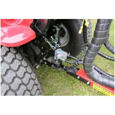 Hidraulinio siurblio sistema ant traktoriaus darbinio veleno 'Vahva Jussi'