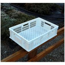 Plastikinė dėžė 60x40x15 balta